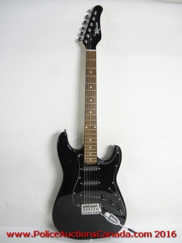 police auctions canada robson electric guitar with case 122822h. Black Bedroom Furniture Sets. Home Design Ideas